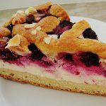 Kirsch – Himbeer – Heidelbeer – Schmand Blechkuchen