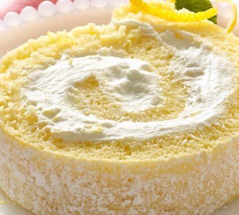 Zitronen Biskuitrolle